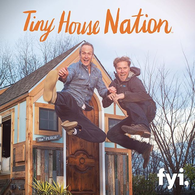 Are you a tiny-house lover? Tune in at 9 p.m. ET tonight on @FYI to see a BRAND-NEW episode featuring host @johnkweisbarth, renovation expert @zackgiffin and some of our very own Arrow tools!