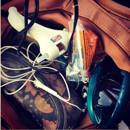 And some days, you put your MT300 Mini Glue Gun into your purse because you're working on a school project later. Want your photo to be featured by us? Tag us or use #MadeWithArrow!  by @owliecupcake
