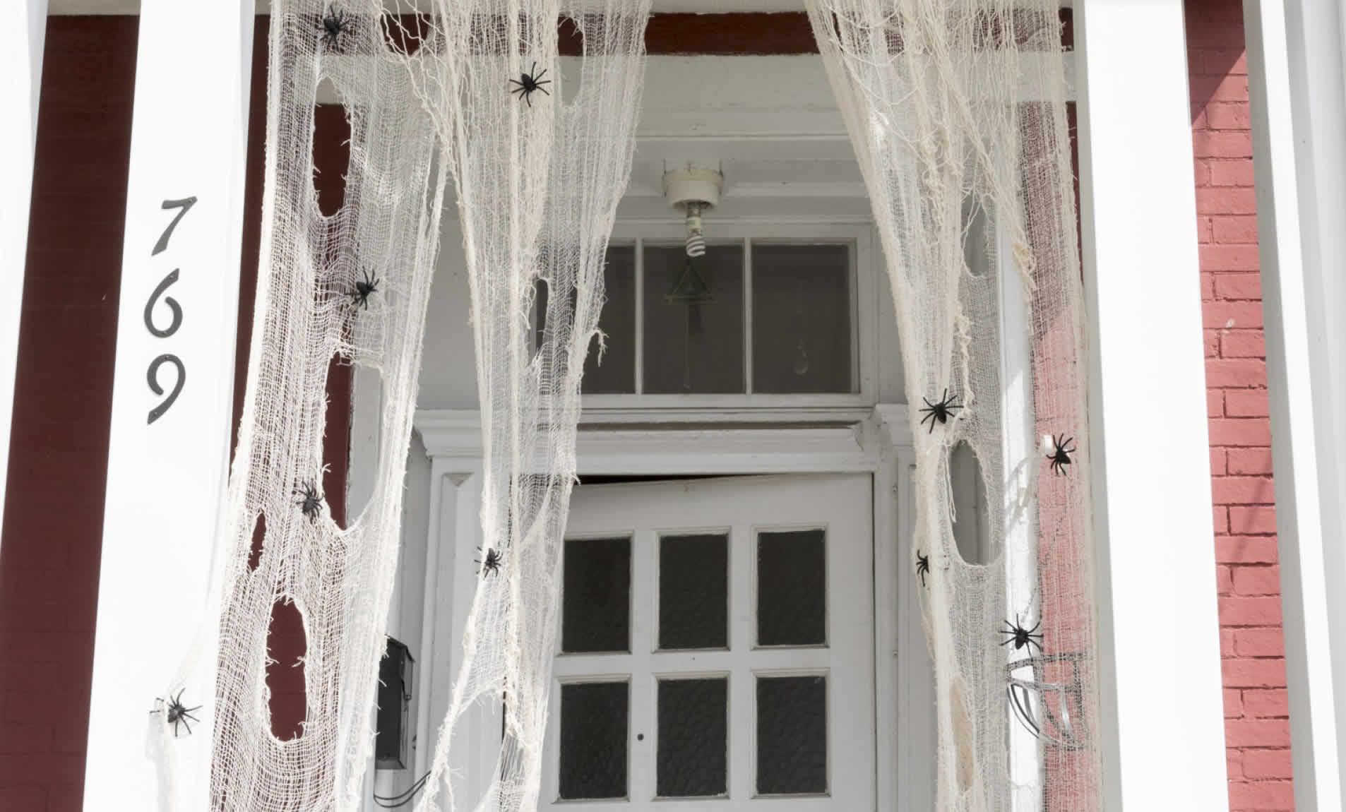 halloween-porch-arrow-project-step14c.jpg