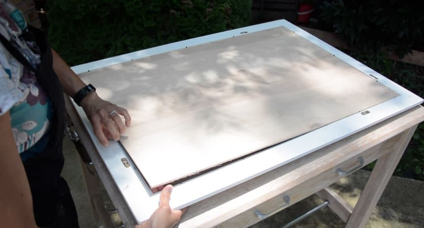 framed-fabric-wall-art-arrow-project-step4b.jpg