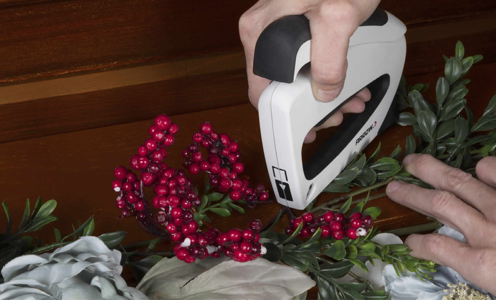 Arrow TT21 TruTac staple gun stapling garland to mantel