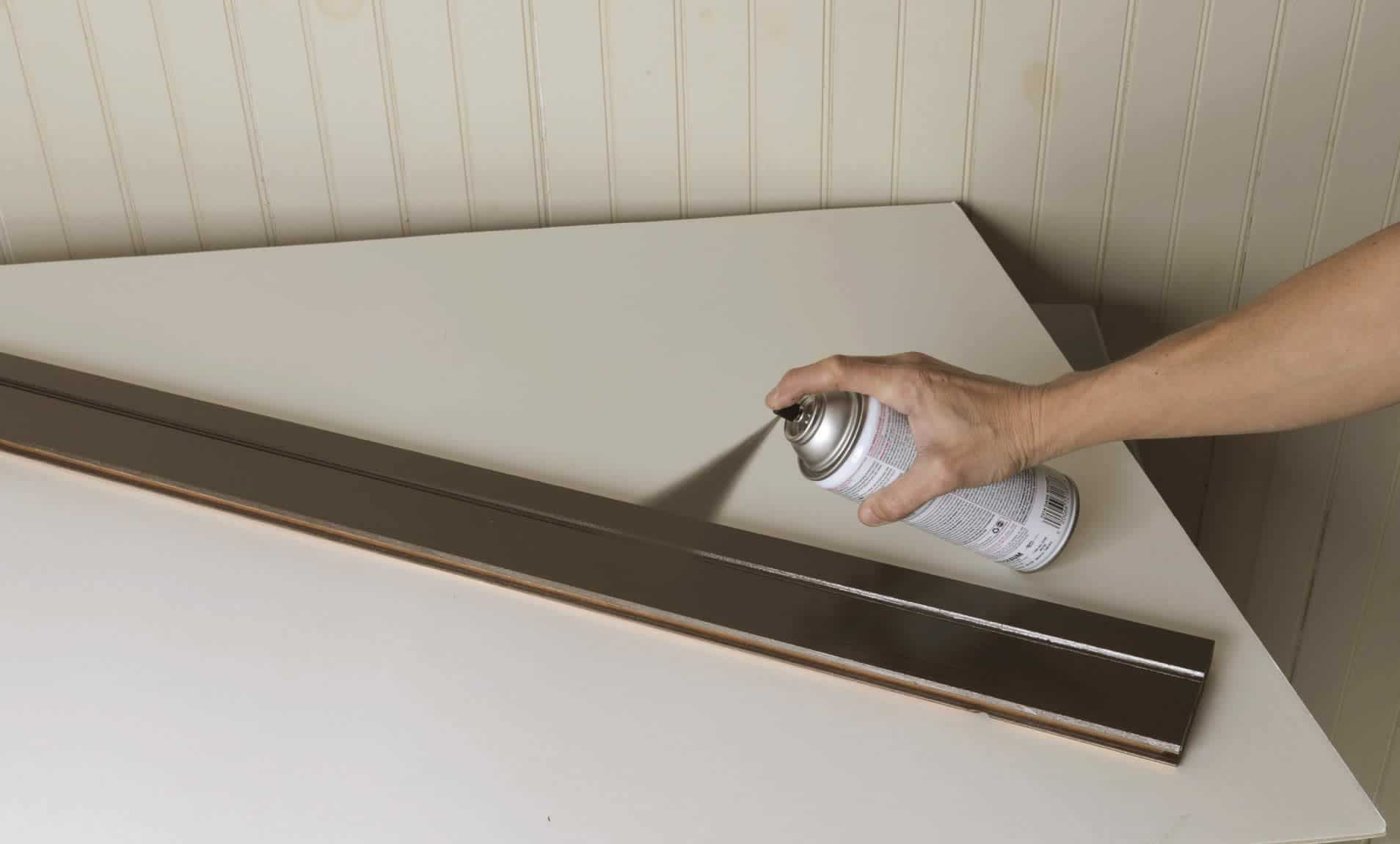spray painting wood trim