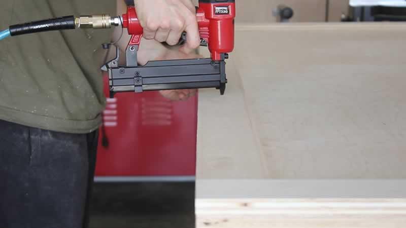 plywd-barn-door-arrow-project-step2b.jpg
