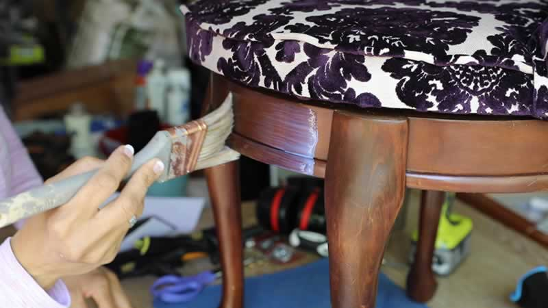 vintage-chair-makeover-arrow-project-step9a.jpg